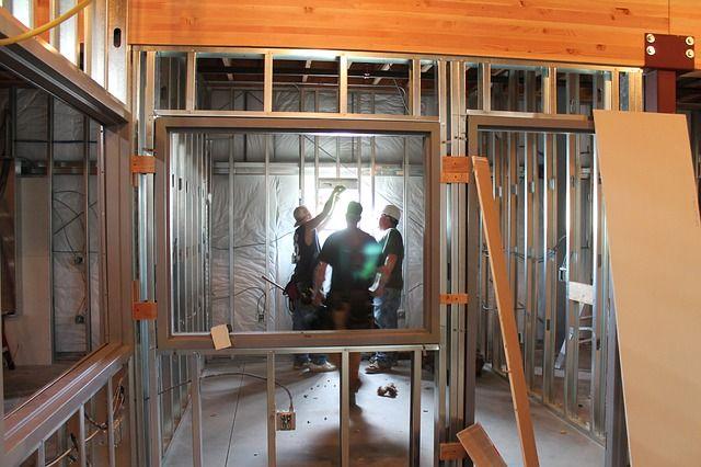 budowanie domu krok po kroku bat